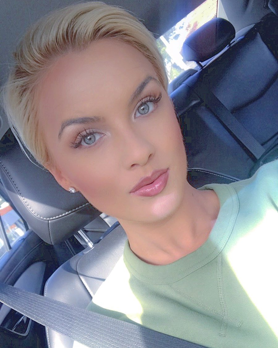 Read more about the article Like this random ass car selfie with an unfortunate sunshine goatee for good luc…